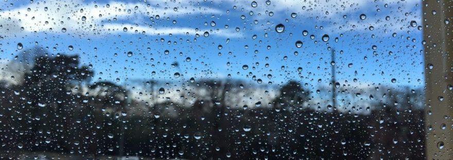 Pluie sur fenêtre à Saint-Cloud